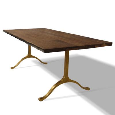 Glausu dining table
